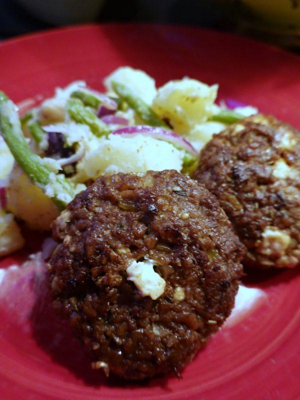 vegetariska biffar med fetaost