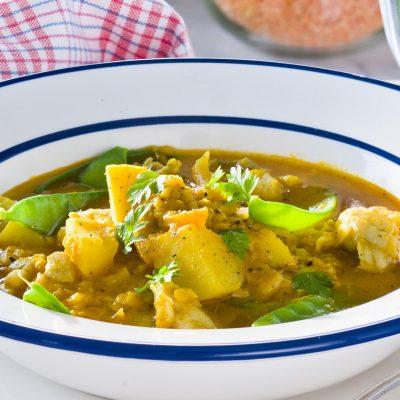 Fiskgryta med smak av curry